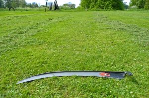 "Monty Don ""Scythes cut grass very well"" – The Scythe Association"